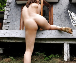 Stunning asian babe on high heels stripping and posing naked outdoor