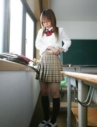 Japan schoolgirl yume kimino showin boobs and pussy - part 1619