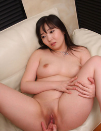 Licking big japanese pussy - part 4889