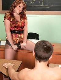 Experienced teacher stacie king uses cheating games - part 4879