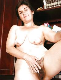 Fat granny vagina - part 3656
