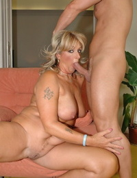 Amateur mature blond with large knockers Karola gets toyed and fucked